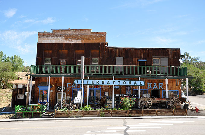 Highway 50 - International Cafe and Bar in Austin © TravelNevada