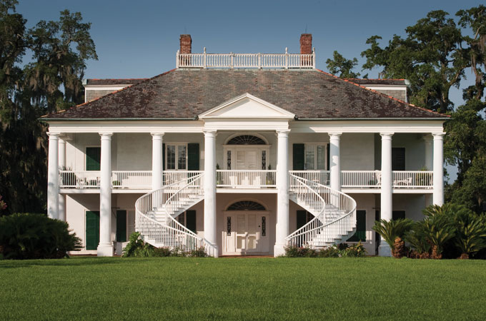 Evergreen Plantation in New Orleans, Louisiana - Credit: River Parishes Tourist Commission