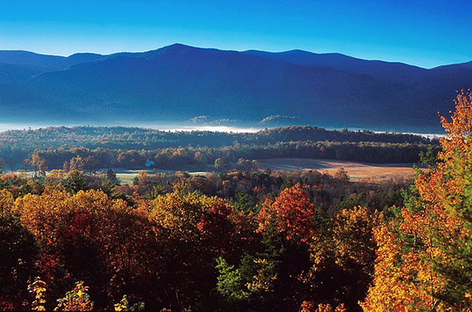 Cades Cove, Great Smoky Mountains National Park, Tennessee - Credit: Tennessee Tourism