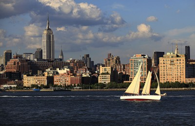 NY/New York City/Segelboot Skyline