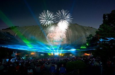 GA/Allg Bilder/Tour: Stone Mountain Adventure Pass/Feuerwerk