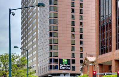 CO/Denver/Holiday Inn Express/Aussen
