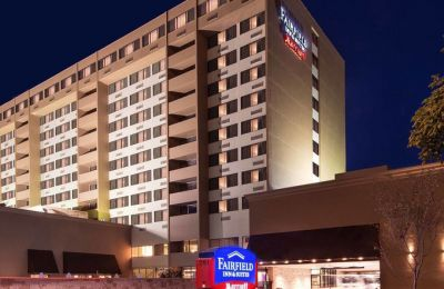 NC/Charlotte/Fairfield Inn & Suites/Vorne