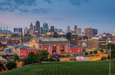 MO/Kansas City/Union Station & Skyline