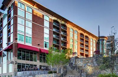 SC/Greenville/Hampton Inn & Suites Greenville-Downtown-Riverplace/Außenansicht