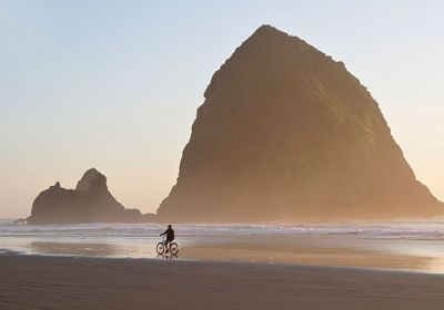 OR/Cannon Beach/Monolith Haystack Rock