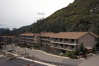 CA/Yosemite National Park/Yosemite View Lodge/Aussen