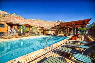 UT/Zion National Park/Cable Mountain Lodge/Aussen