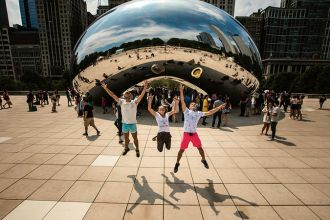 IL/Chicago/Cloud Gate/Jumping