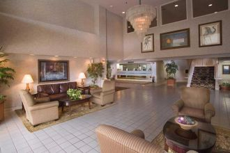 TN/Nashville/Guesthouse Inn & Suites Nashville/Music Valley/Lobby