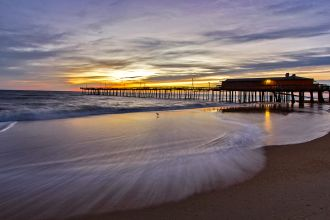 NC/Outer Banks/Pier at Sunrise