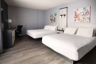 QC/Lac Saint-Jean/Travelodge by Wyndham Alma/Zimmer1